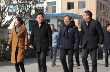 烟台市人民政府副市长张代令春节前夕莅临公司慰问、指导